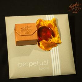 Perpetual - Комплект струн для виолончели + профессиональная канифоль Laubach