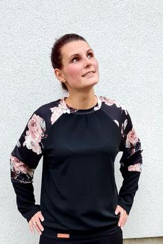Pullover schwarz mit leichten Fledermausärmeln und Blumenprint (Gr. M)  Eyecatcher