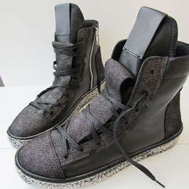 Boots Amnesia