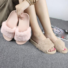 Sandalen Fluffy