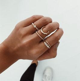 Ring Set Half Moon