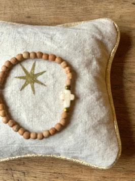 Bracelet femme croix naturel et or