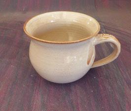 grosse Tasse mit Ranken