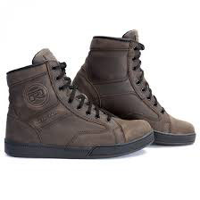 Richa Rocky Boot.  Black or Brown