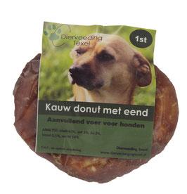 Kauw donut met eend