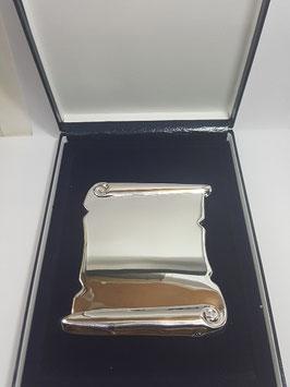 Pergaminho comemorativo em prata - PP
