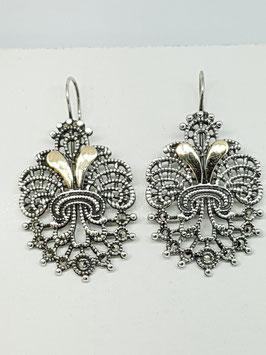 Brincos prata com marcassitas flor com ouro - RB