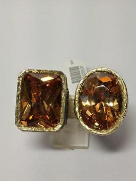 Anel em prata e ouro, martelado, com 2 quartzos