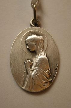 Medalha Nossa Senhora do Carrapito - Virgem Oval Com Flores - Escultor João da Silva