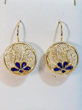 Brincos filigrana em prata dourada redondo com esmalte azul - RR