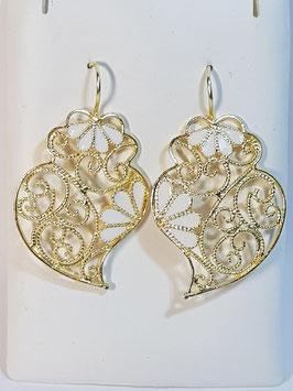 Brincos prata dourada Coração de Viana 38.30 com esmalte branco - DB