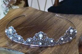 Tiara de cabelo em prata arcos pérolas - M - RB