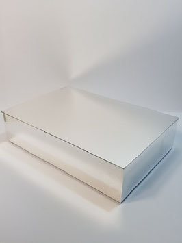 Caixa em prata rectangular sólida