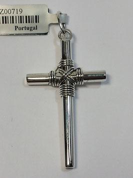 Cruz em prata canevão redondo 3 e corda