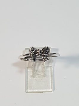Anel em prata flor marcassitas laço - FMI