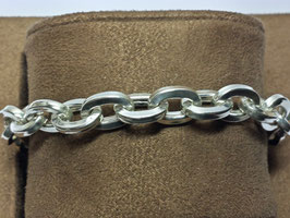 Pulseira prata de cadeado redondo e elos quadrados - PP