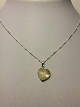 Fio prata com coração côncavo e coração de cristal