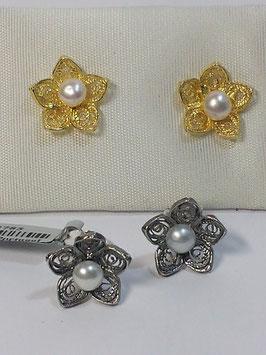 Brincos filigrana em prata - flor folhas em bico - AN