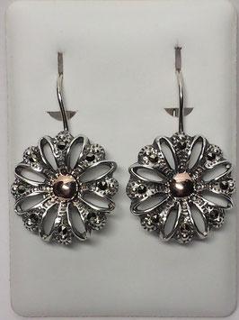 Brincos em prata flor com marcassitas e bola ouro