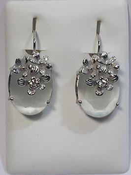 Brincos prata com pedra gota oval cor madre- pérola e flor - RB