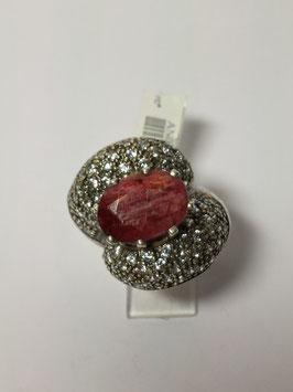 Anel em prata com zircónias e raiz de rubi oval