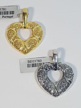Coração de filigrana aberto em prata - FM