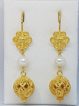 Brincos filigrana em prata dourada - flor pérola e bola - FM