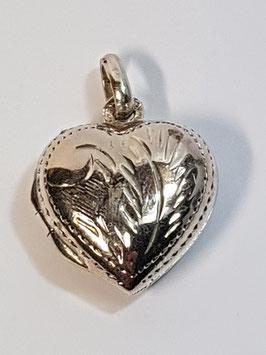 Medalha coração de abrir gravado 15