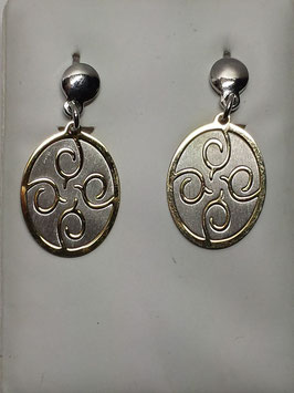 Brincos medalha oval bicolor em prata