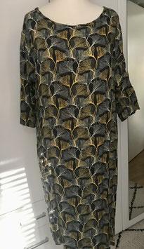 Kleid aus Viskose in der Größe 40