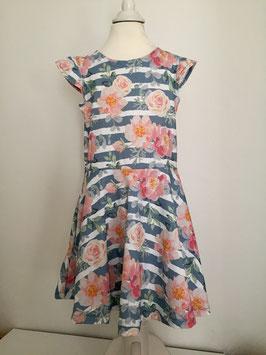 Kleid aus Jersey mit Drehrock und Flügelärmel Größe 110