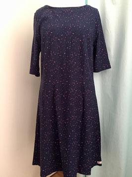 Kleid aus Jersey mit Uboot Ausschnitt und 3/4 Ärmel in der Größe 40/