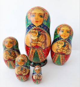 """Matroschka 5 tlg  """"Mädchen mit einem Kater"""""""