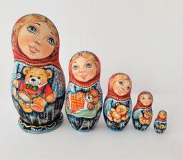 """Matroschka 5 tlg    """"Mädchen mit einem Teddy Bär"""""""