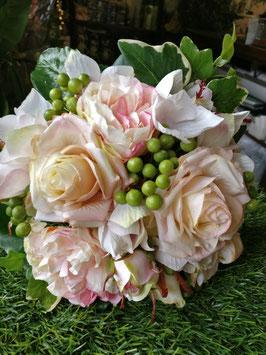Brautstrauß Zepter in zart rosé