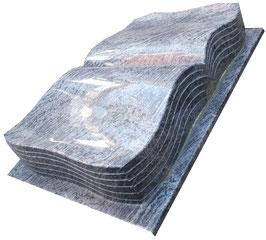 Buch mit geschwungenen Kanten und eingearbeiteten Seiten