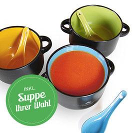 Suppenschüsselchen mit Suppe Ihrer Wahl