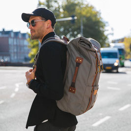 Karl 48h Travel Backpack Moss Grey / Brown | Property Of... 219,00