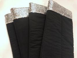 Bandagierunterlagen schwarz mit Pailleten Bordüre silber