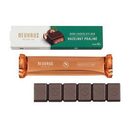 Barre chocolat noir aux noisettes