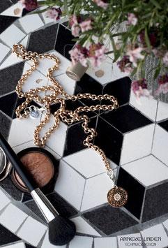 Kettengürtel / Chain Belt mit Medaillon Charm