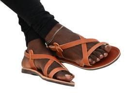 Riemchen Sandalen in tabak Farbe