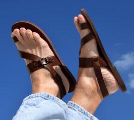 Zehenschlaufe Sandalen mit Fersenriemen - NEU