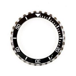 CROWN Lünette mit schwarzem Keramik - Insert und Leuchtmasse für VOSTOK AMPHIBIA KOMANDIRSKIE Uhren von VOSTOK, Edelstahl, poliert, weiße SuperLumiNova Leuchtmasse, ø41,5mm, LÜ-INS-47