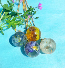 Sphere of flowers