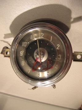 Uhr Wolga GAZ M-21 Typ 1
