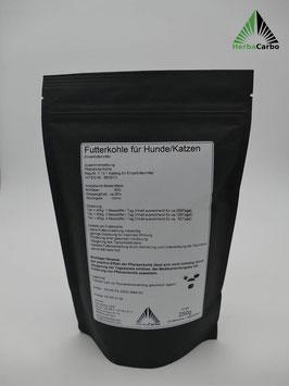Zertifizierte Futterkohle aus Kräutern für Hunde und Katzen