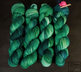 EMERALD QUEEN - SQUISHY SOCKS