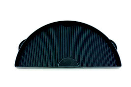 Grizzly Grills halbmondformige Grillplatte aus Gusseisen