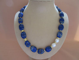 Lapislazuli-Collier mit Perlen
